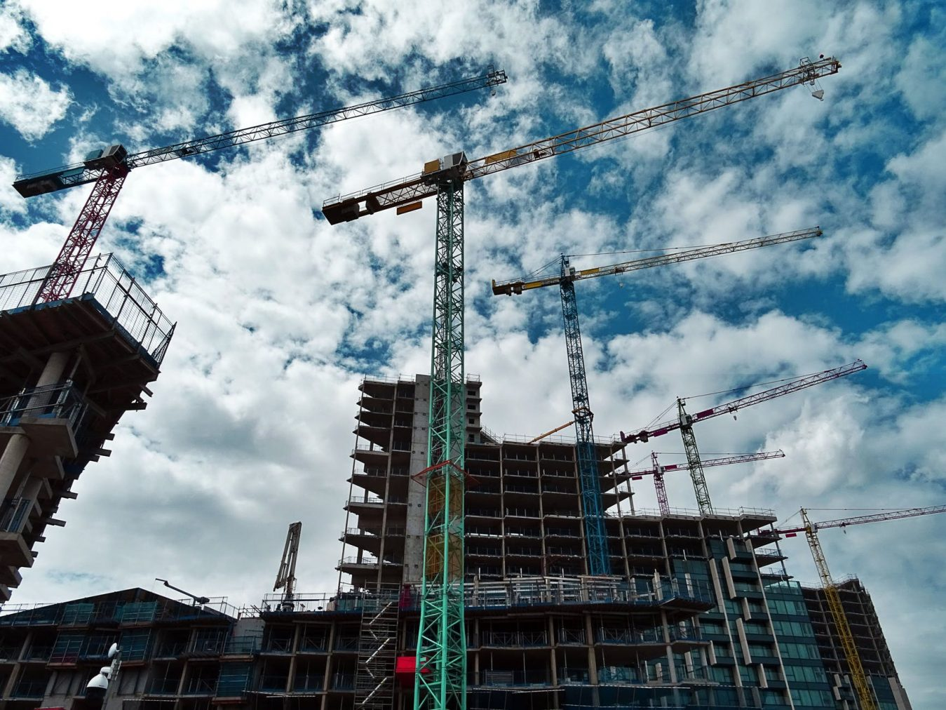 A Brief History of Building Before High Rise Cranes